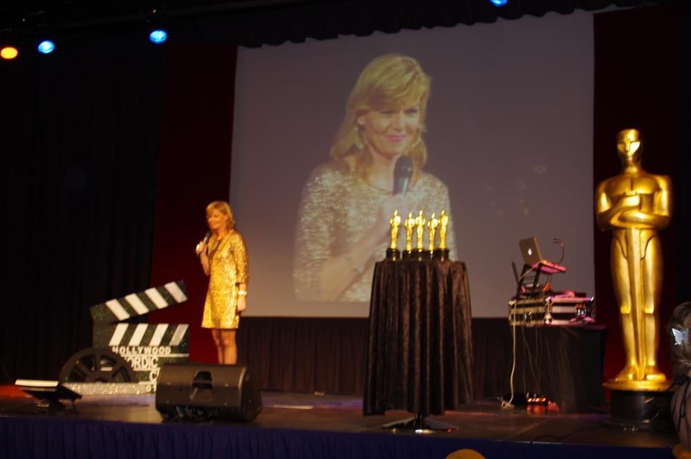 Quality hotel og resort Sarpsborg-julebord -resepsjonist sjef + Oscars 2012 + Phillip Bøckmann + Annette Elverum + Oscars + Hotell sjef