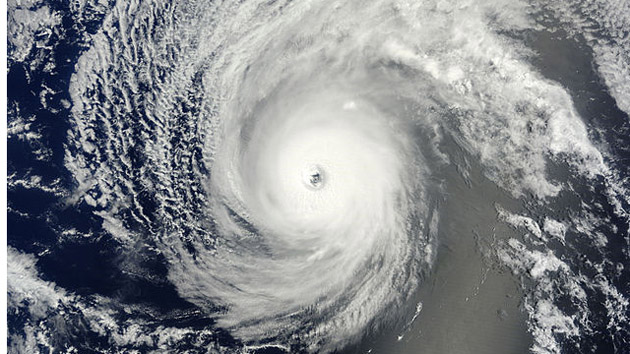 Hurricane Hawaii - August 2014 - nasa_iselle_aug_4