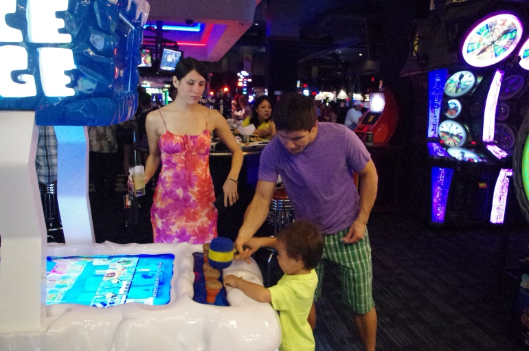 Dave & Buster's Archade Honolulu Hawaii - Things to do - Where to go out - family fun in Honolulu