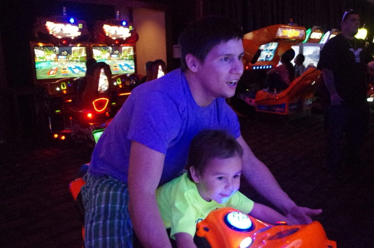 Dave & Buster's Archade Honolulu Hawaii - Things to do - Where to go out