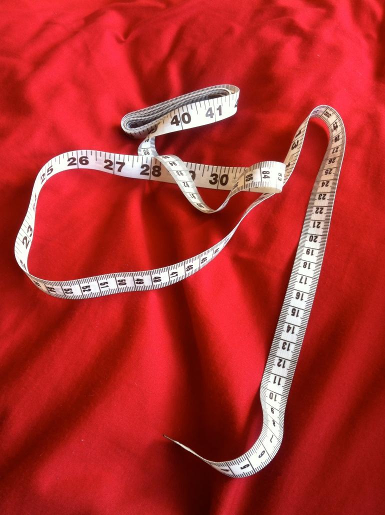 Measurement Measurements waist hips model actress US  Inches Centimeters
