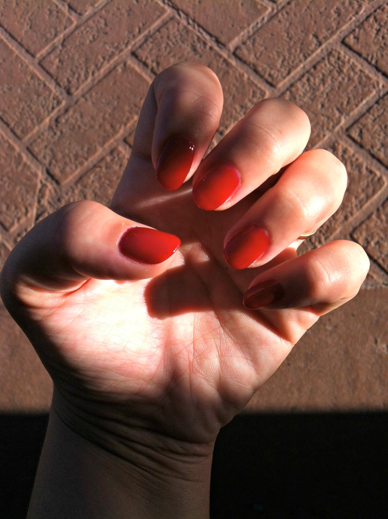 Nailery - Red Nails - Honolulu - QQ gel