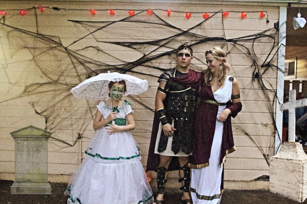 Halloween in Hawaii - 2014 - 300 movie costumes - Sparta - Southern Belle - Spiderweb