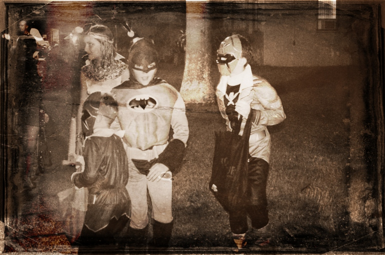 Halloween in Hawaii 2014 - Pumpkins - Costumes - 300 - Spartan costume - Jack O' Lanterns - Trick or treat - batman