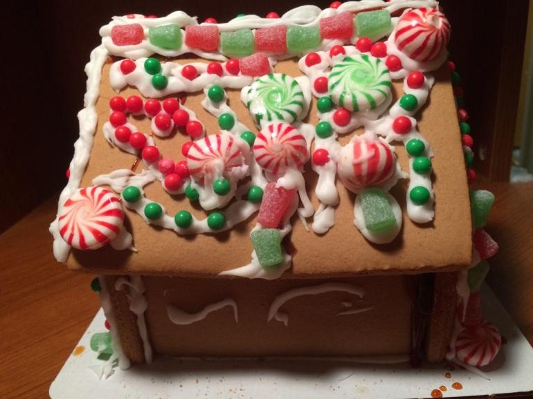 Gingerbread house Decorating Christmas Hawaii 2014