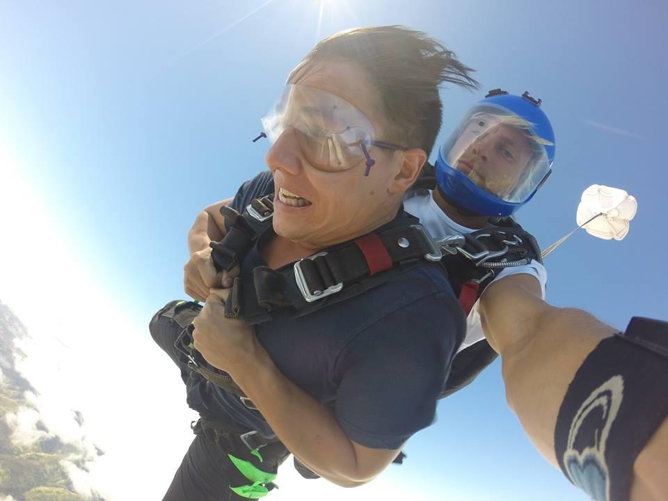 Skydiving Pacific skydiving hawaii honolulu oahu bucket list