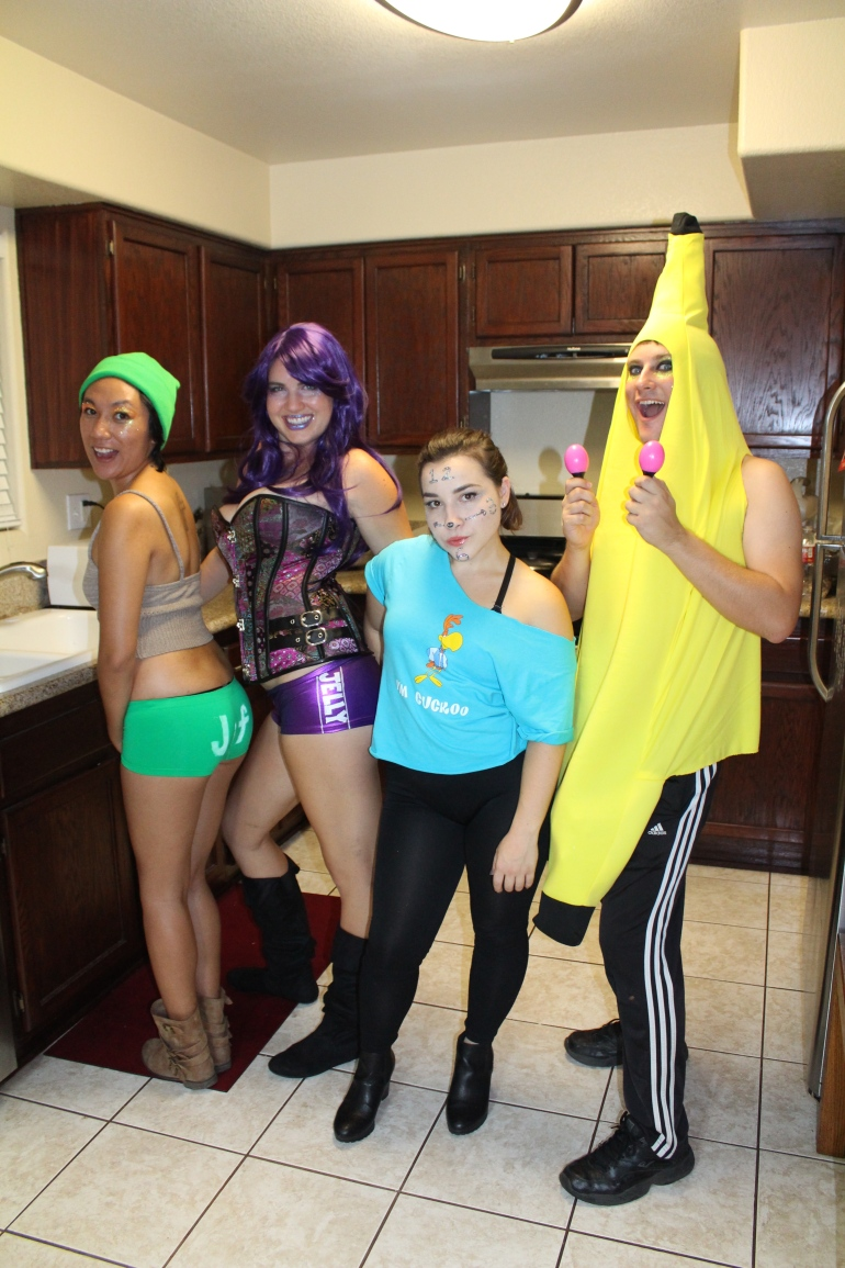 Peanut Butter Jelly Time - Halloween costumes - Brian - Family guy