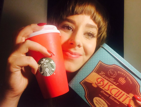Starbucks - red cup - Christmas - Biscuits - Red Nails - Gingerbread